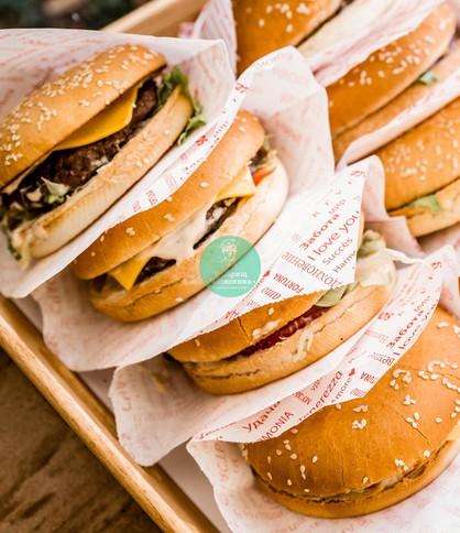 Бургеры в Москве