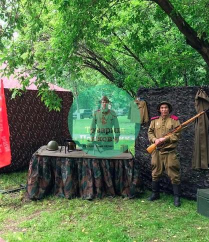Выставка оружия в Москве, военная фотозона